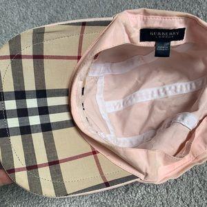 💯Authentic Burberry women's cap in light pink